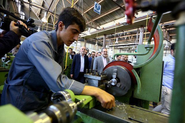 کمبود تجهیزات، مهم ترین چالش پیش روی هنرستان های زنجان