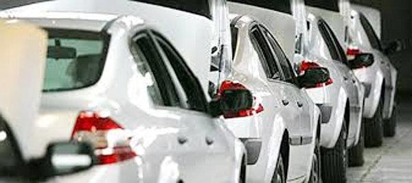 اکبریان: شرکت های خودروسازی در صورت عدم اجرای مصوب مجلس به دادگاه معرفی می شوند