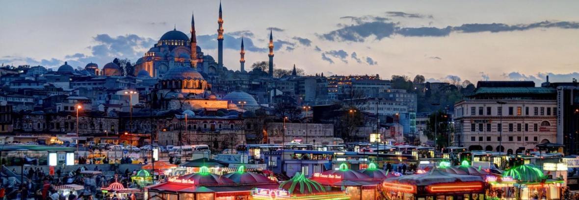 سفر سالانه 2 میلیون گردشگر ایرانی به ترکیه ، تنها 400 هزار گردشگر ترک به ایران می آیند