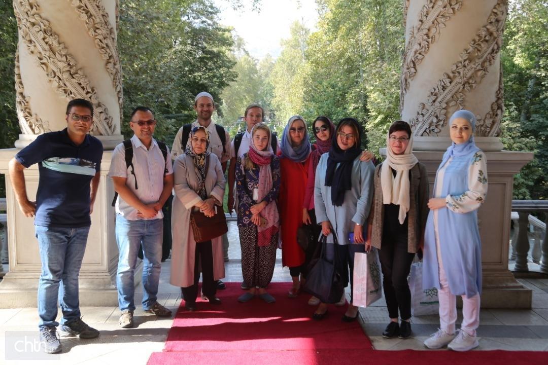 بازدید استادان شرق شناس روس از موزه سینما