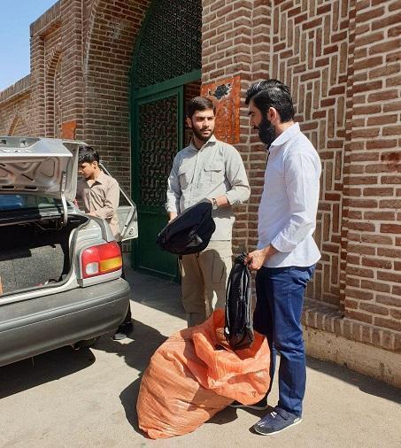 180 بسته لوازم تحریر در مناطق محروم قزوین توزیع شد