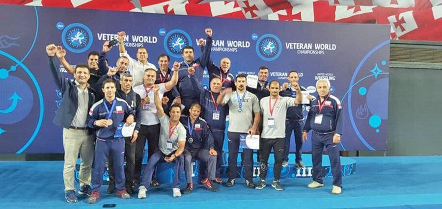 تیم ایران قهرمان کشتی فرنگی پیشکسوتان دنیا در گرجستان شد