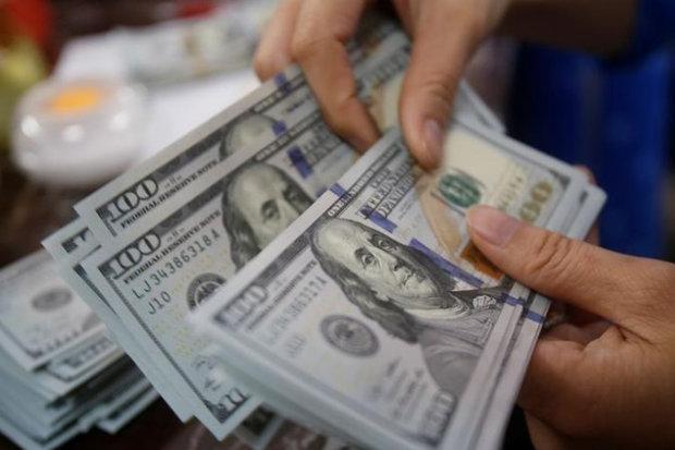 افزایش نرخ یورو و پوند، قیمت دلار ثابت ماند
