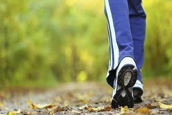 بهبود آمادگی جسمانی و سلامتی سالمندان با پیاده روی تناوبی