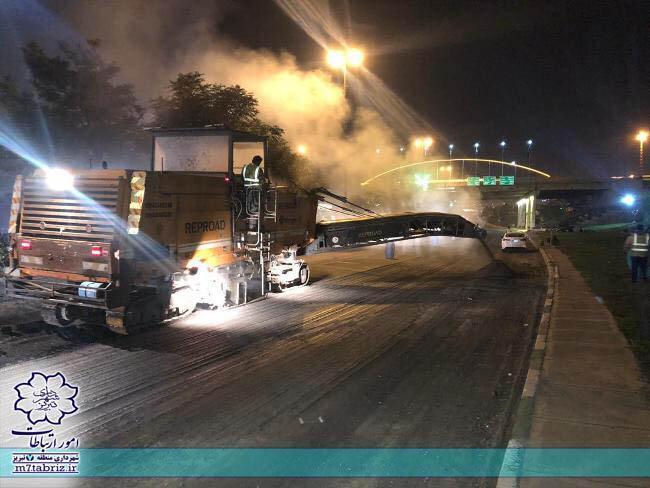 آسفالت ریزی 6هزارتن در ورودی شهر تبریز به سمت راه آهن