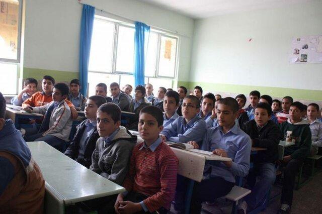 کمبود 1600 مشاور در مدارس استان اصفهان