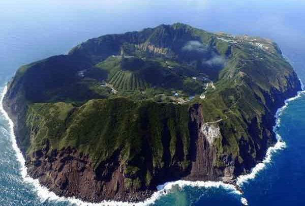اینجا جزیره آئوگاشیما سرشار از سکوت ،آرامش و انزوا ، تصاویر