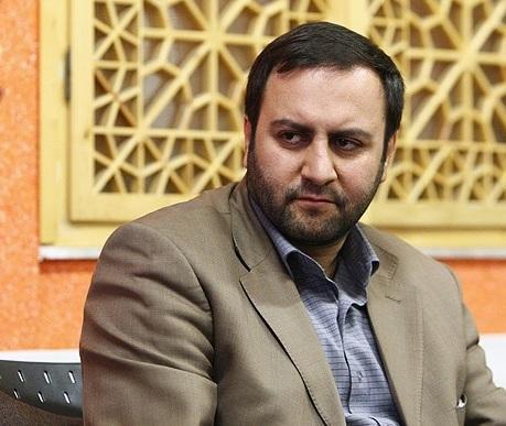 پیرهادی: ماراتن انتخاب کاندیداهای تهران شروع شد ، معین لیست ائتلاف نیروهای انقلاب از مجلس مردمی