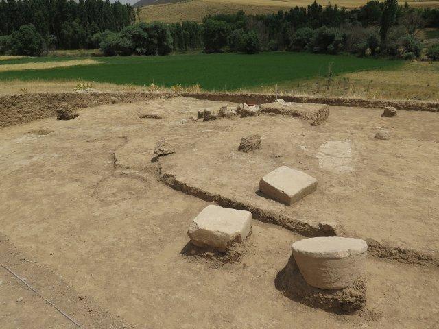 کشف بقایای دهکده باستانی در لامرد