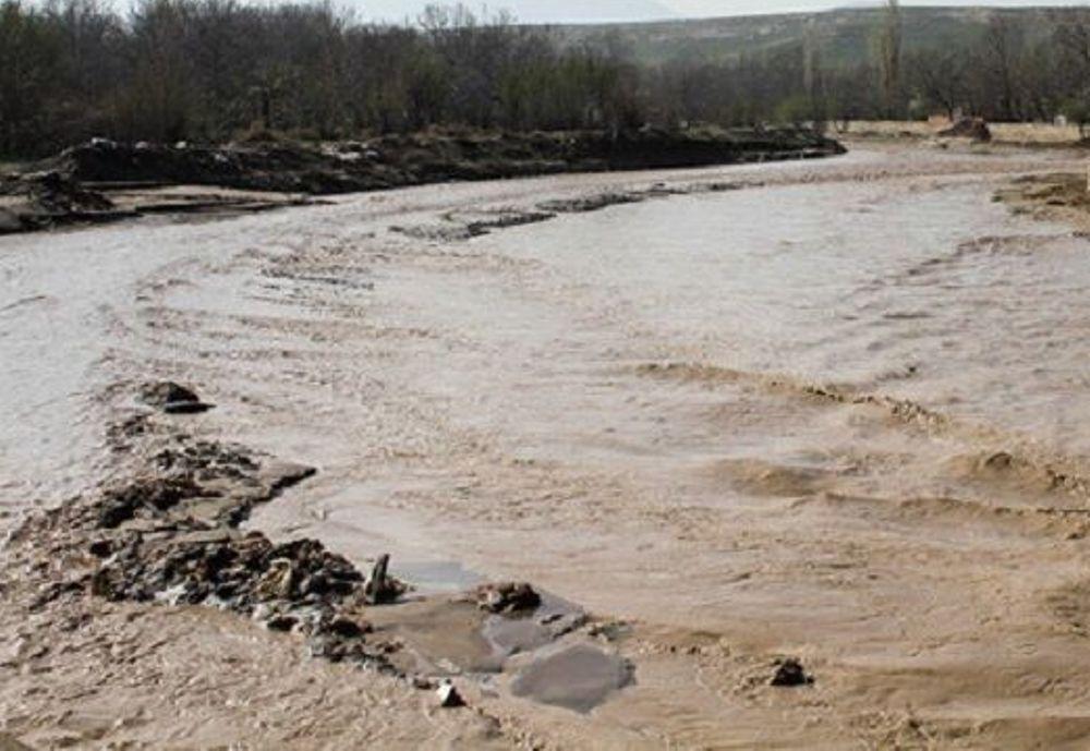 خبرنگاران سیلاب در گرمه خسارت به بار آورد